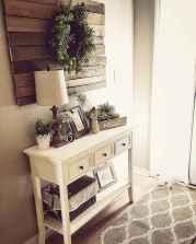 Catchy farmhouse rustic entryway decor ideas (3)