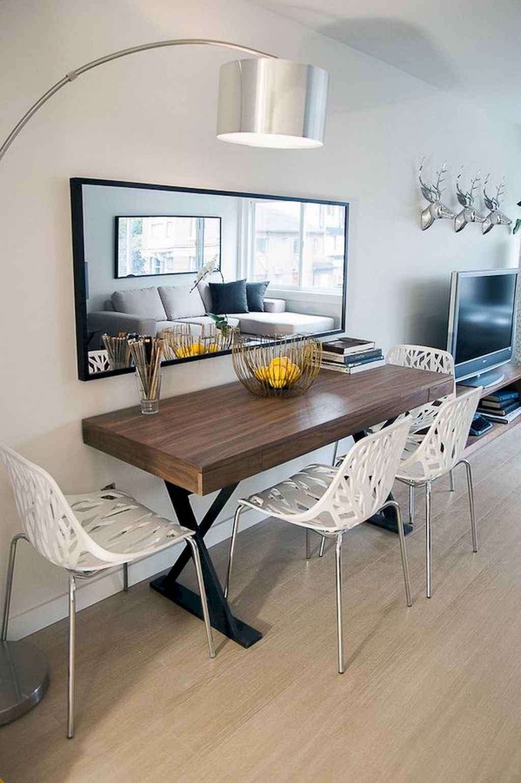 Clever small dining room ideas (63)