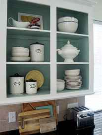 Clever small kitchen remodel and open shelves ideas (18)
