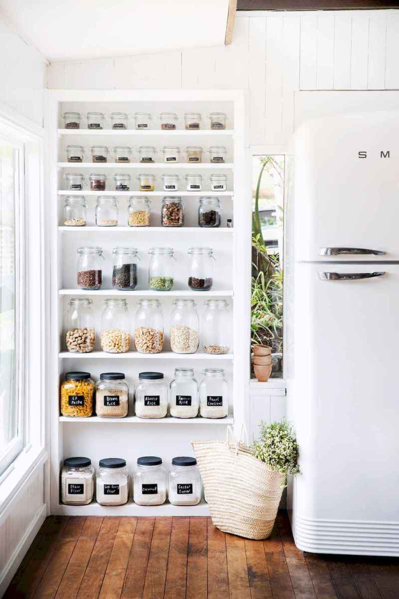 Clever small kitchen remodel and open shelves ideas (54)