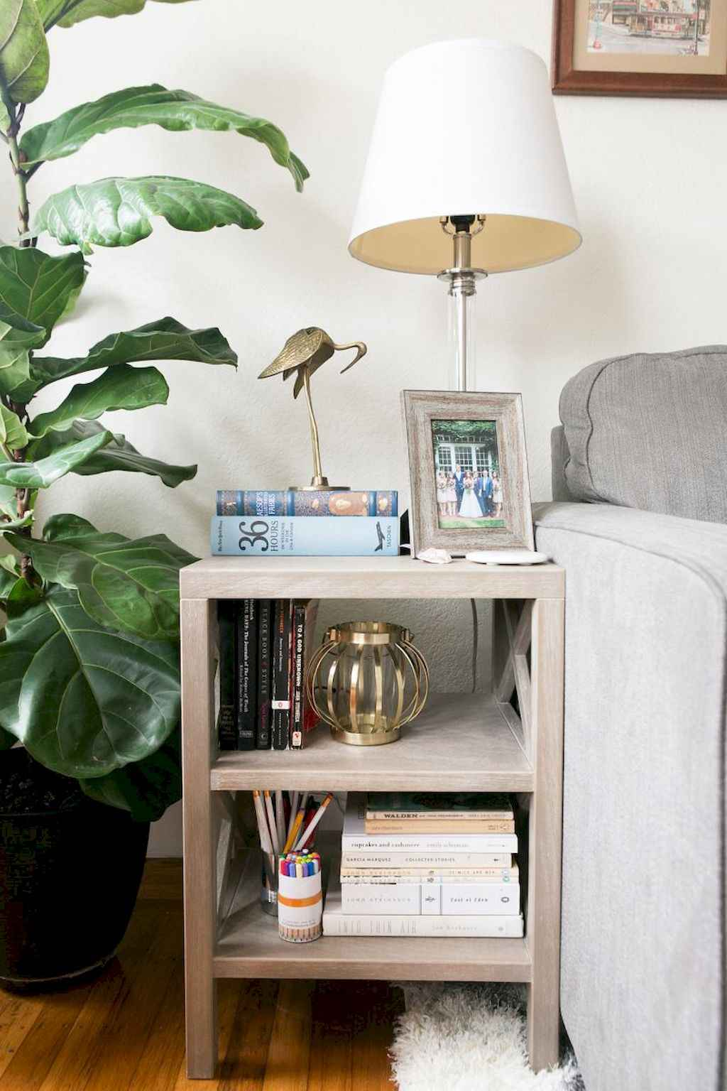 Couples first apartment decorating ideas (15)