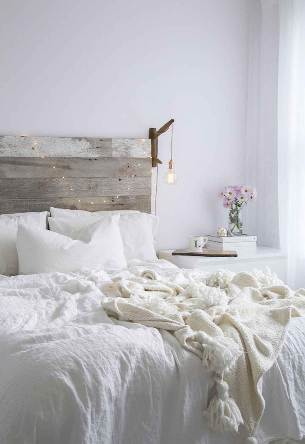 Couples first apartment decorating ideas (17)