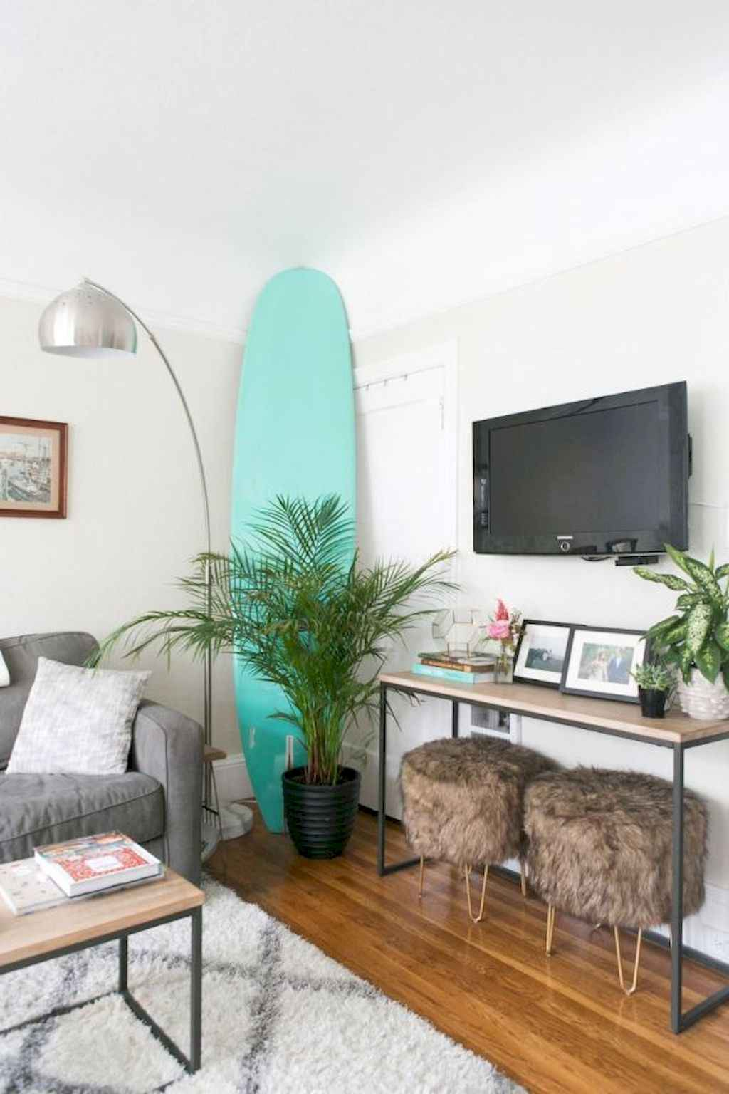 Couples first apartment decorating ideas (21)