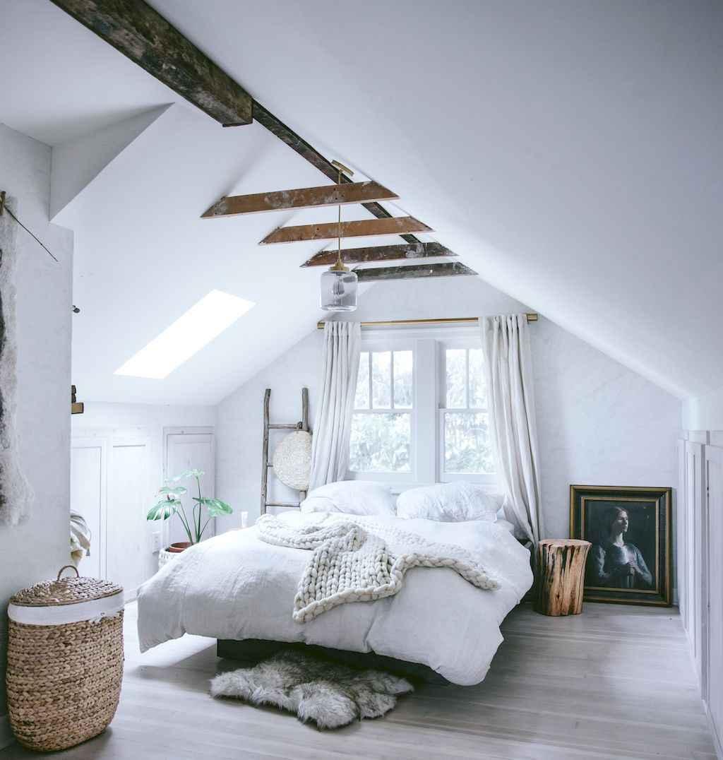 Cozy attic loft bedroom design & decor ideas (26)
