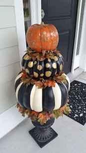 Creative diy fall porch decorating ideas (33)