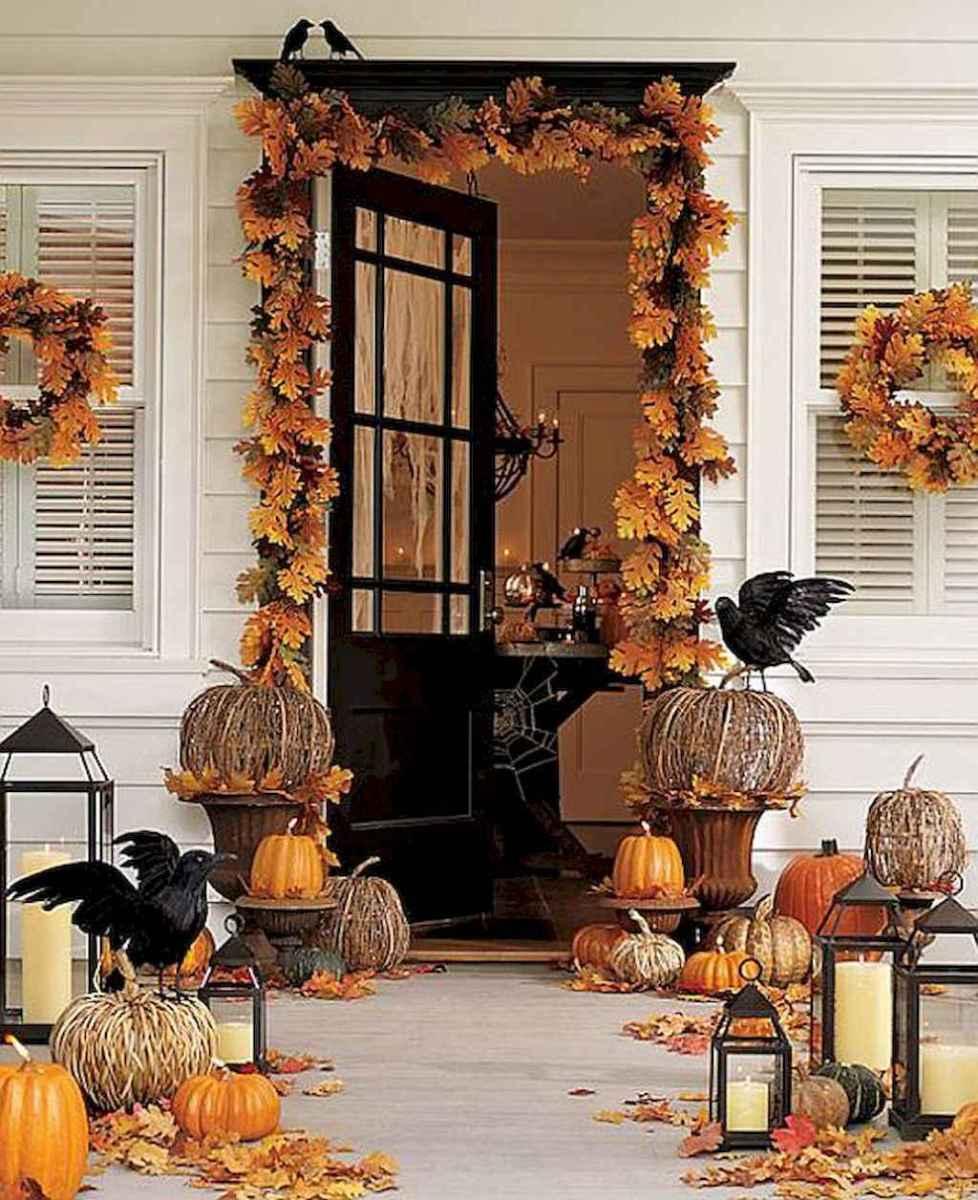 Creative diy fall porch decorating ideas (34)