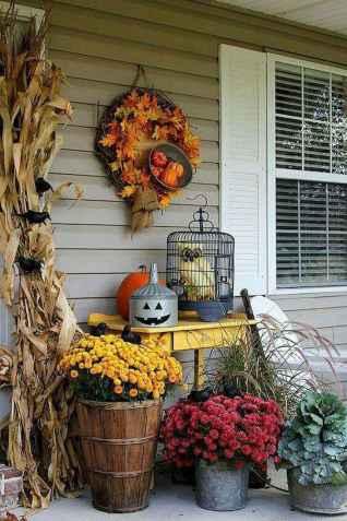 Creative diy fall porch decorating ideas (39)