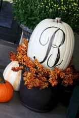 Creative diy fall porch decorating ideas (48)