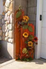 Creative diy fall porch decorating ideas (7)