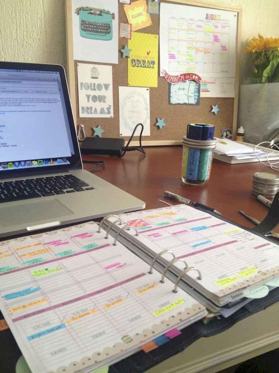Genius dorm room organization ideas on a budget (53)