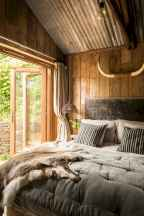 Gorgeous rustic master bedroom design & decor ideas (11)