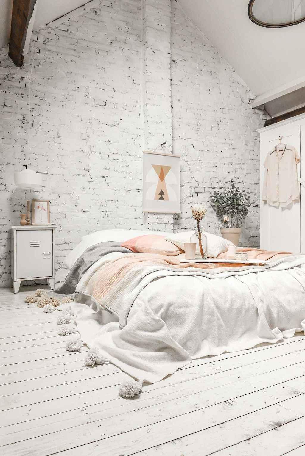 Gorgeous rustic master bedroom design & decor ideas (32)