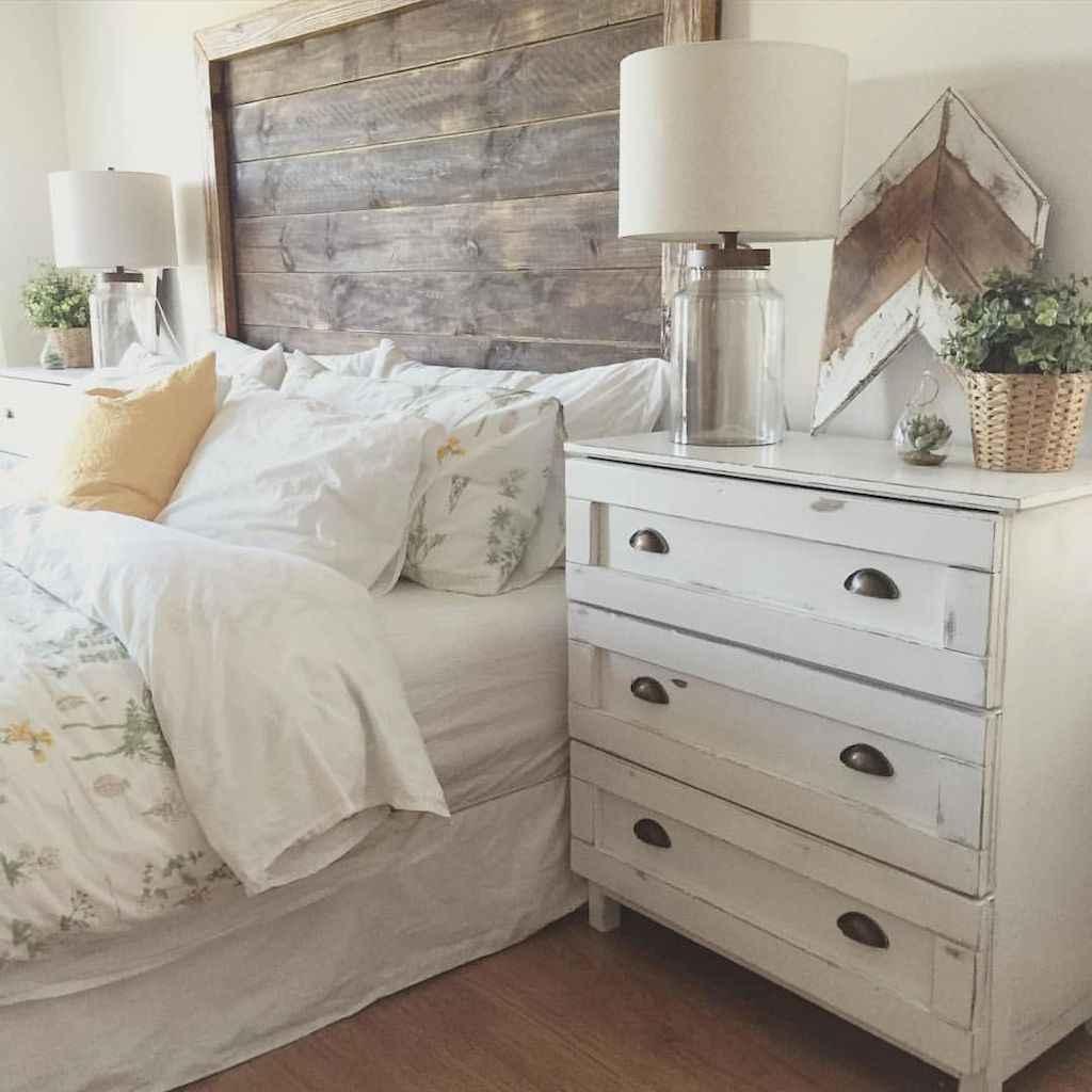 Gorgeous rustic master bedroom design & decor ideas (4)