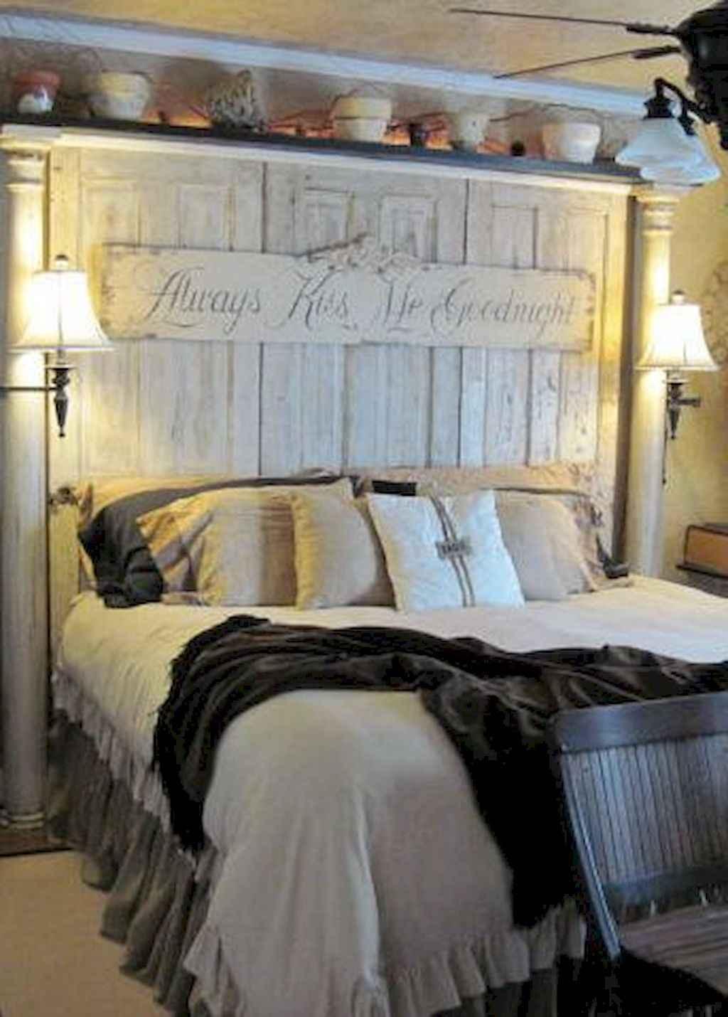 Gorgeous rustic master bedroom design & decor ideas (40)