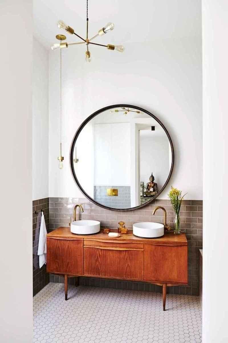 Mid century bathroom decoration ideas (32)