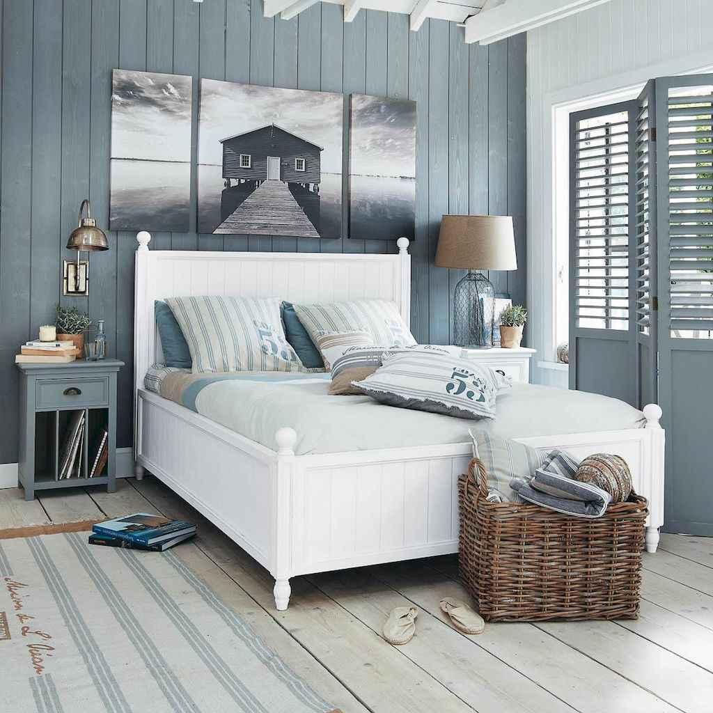 Perfect coastal beach bedroom decoration ideas (10)