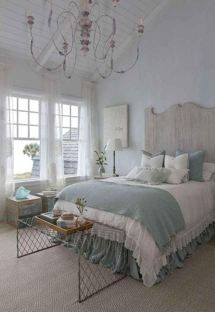 Perfect coastal beach bedroom decoration ideas (11)