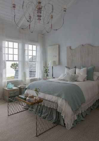 Perfect coastal beach bedroom decoration ideas (24)