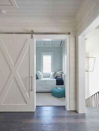 Perfect coastal beach bedroom decoration ideas (27)