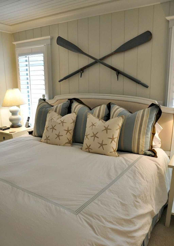 Perfect coastal beach bedroom decoration ideas (3)