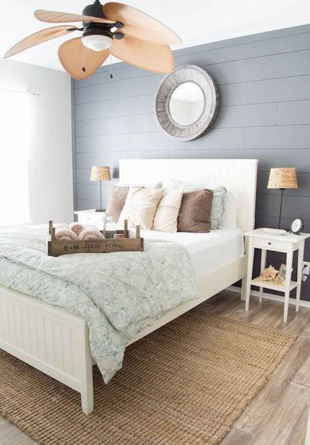Perfect coastal beach bedroom decoration ideas (31)