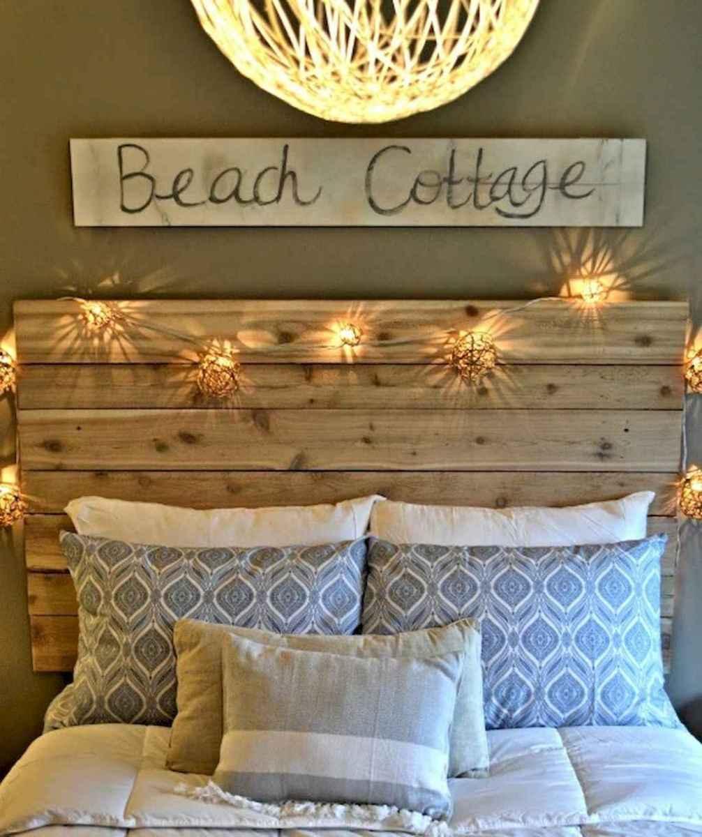Perfect coastal beach bedroom decoration ideas (43)
