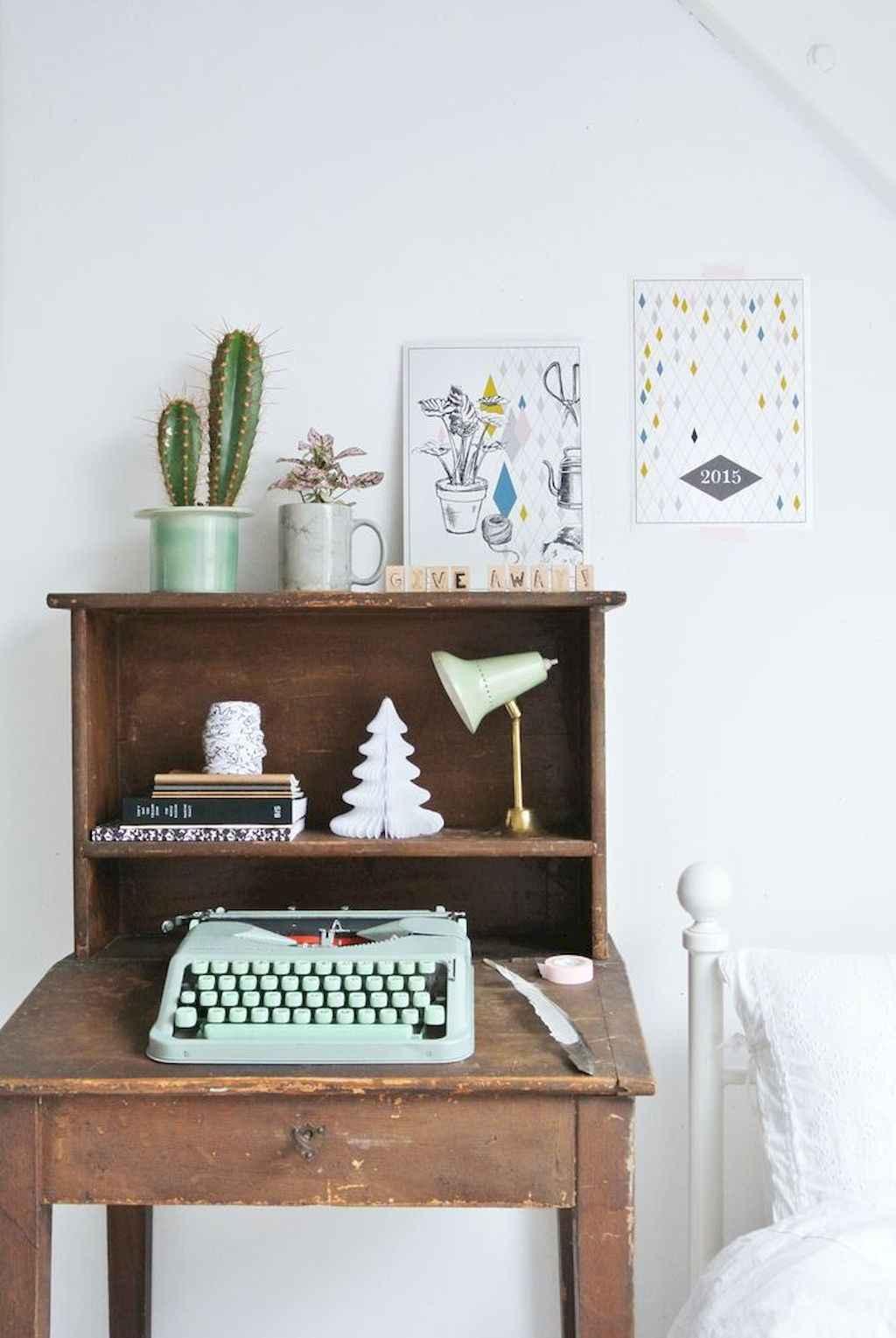 Simple clean vintage living room decorating ideas (15)
