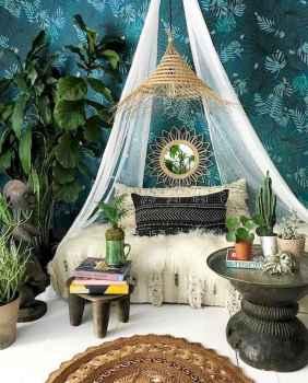 Warm and cozy bohemian master bedroom decor ideas (30)