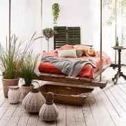Warm and cozy bohemian master bedroom decor ideas (63)