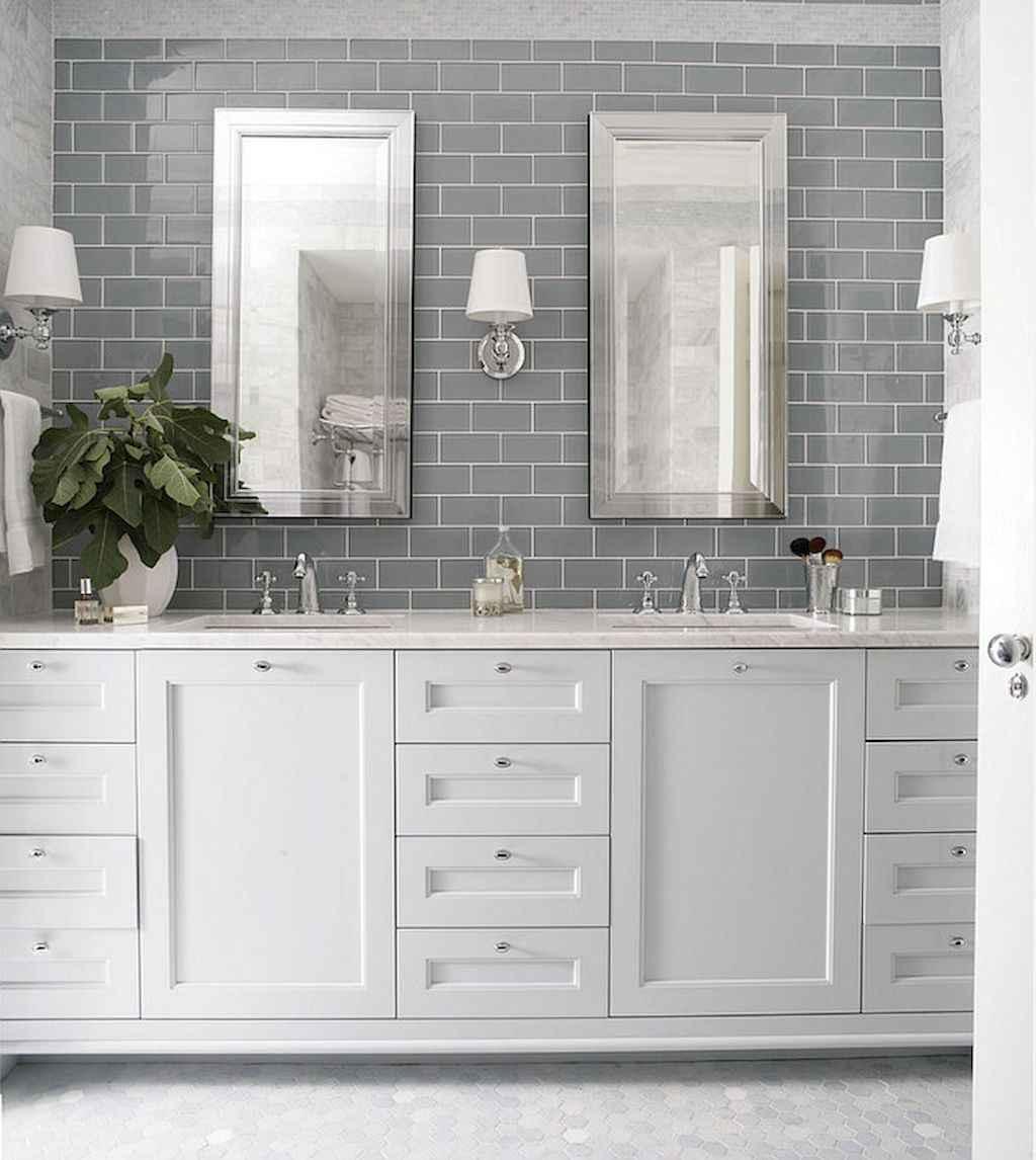 Beautiful bathroom tile remodel ideas (34)