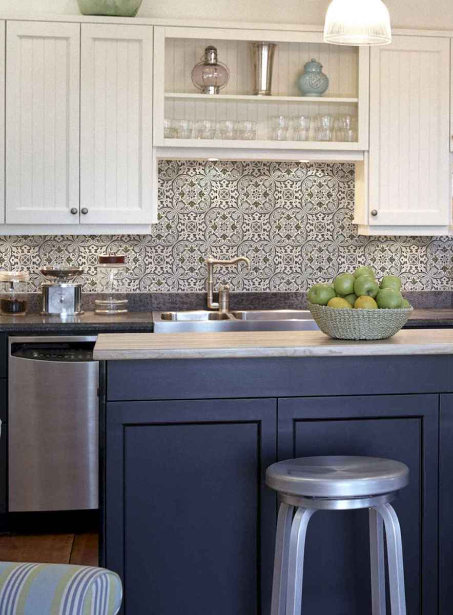 Beautiful kitchen remodel backsplash tile ideas (64)