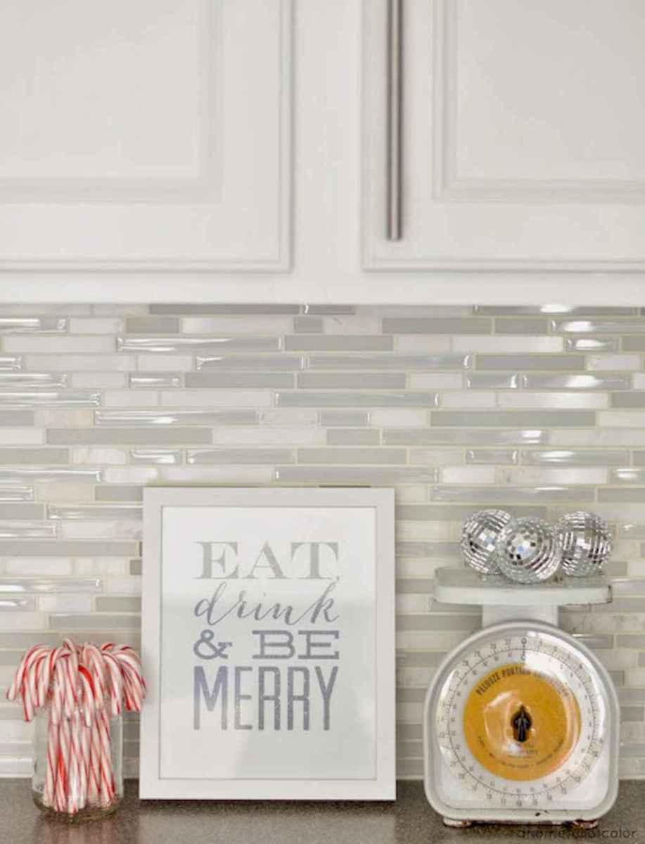 Beautiful kitchen remodel backsplash tile ideas (75)