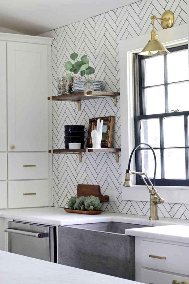 Beautiful kitchen remodel backsplash tile ideas (85)