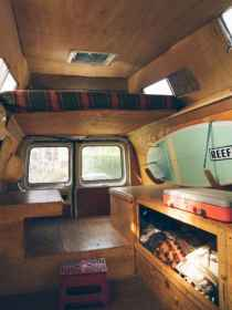 Best rv camper van interior decorating ideas (25)