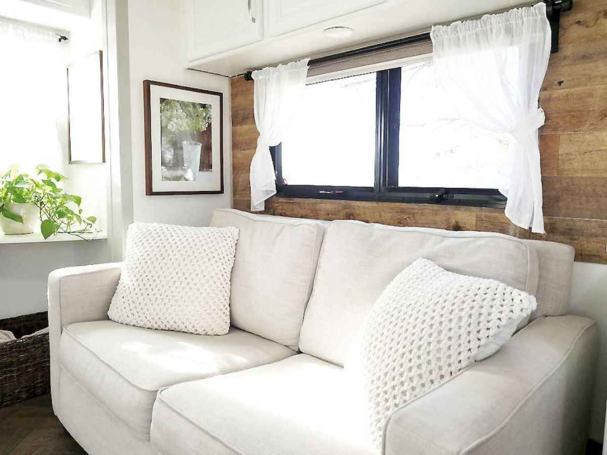 Best travel trailers remodel for rv living ideas (15)