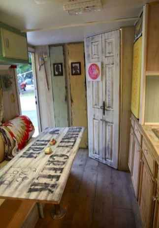 Best travel trailers remodel for rv living ideas (47)