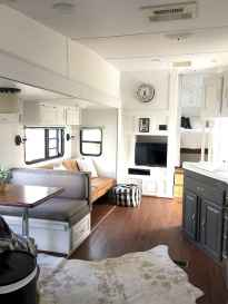 Best travel trailers remodel for rv living ideas (64)