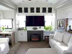 Best travel trailers remodel for rv living ideas (80)