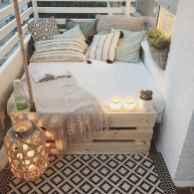 Diy rental apartment decorating ideas (36)