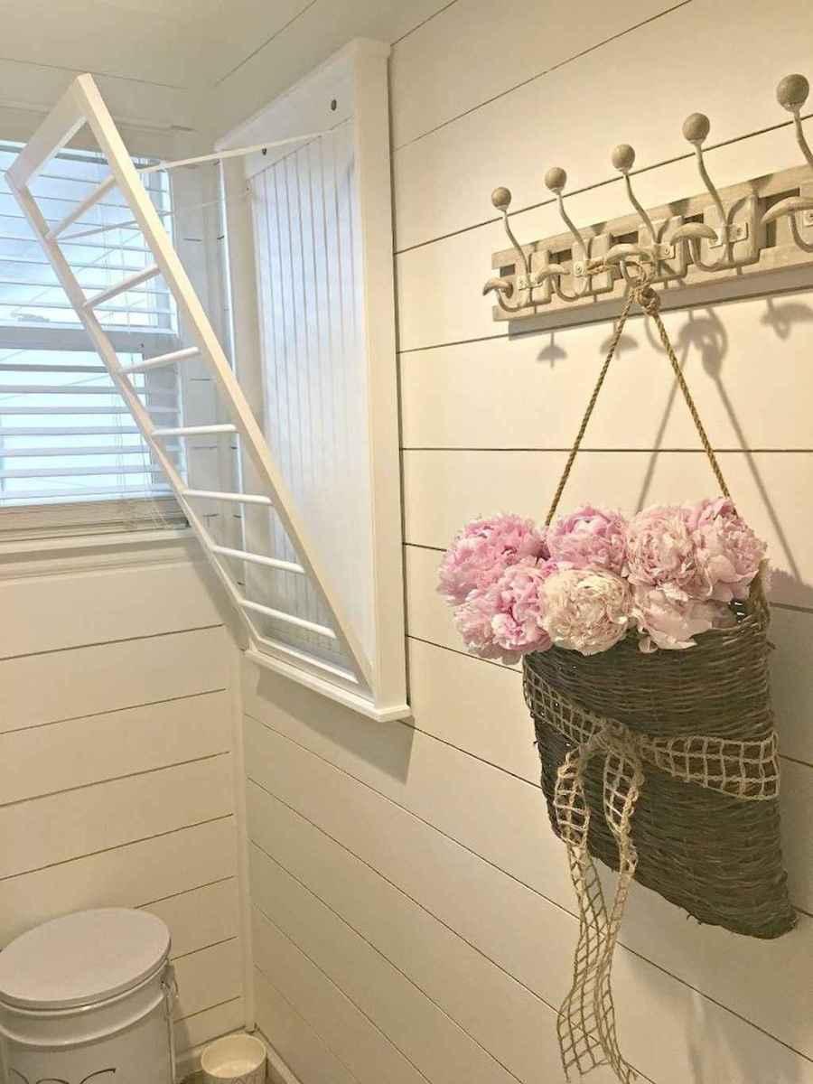 Farmhouse style laundry room makeover ideas (4)