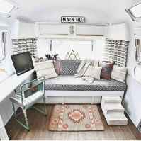 Full time rv living tips and tricks camper organization (42)