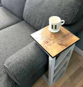 Rustic farmhouse coffee table ideas (29)