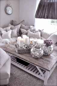 Rustic farmhouse coffee table ideas (32)