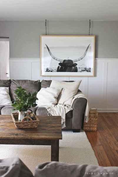 Rustic farmhouse coffee table ideas (4)