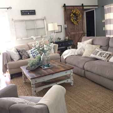 Rustic farmhouse coffee table ideas (44)