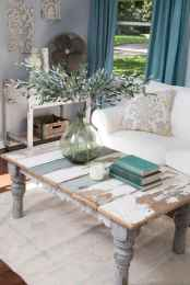 Rustic farmhouse coffee table ideas (91)