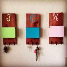 Rustic key holder organized ideas (39)