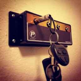 Rustic key holder organized ideas (8)