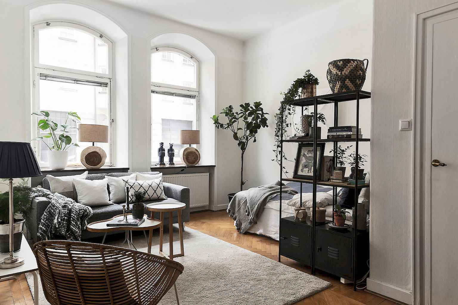Small apartment studio decorating ideas on a budget (65)