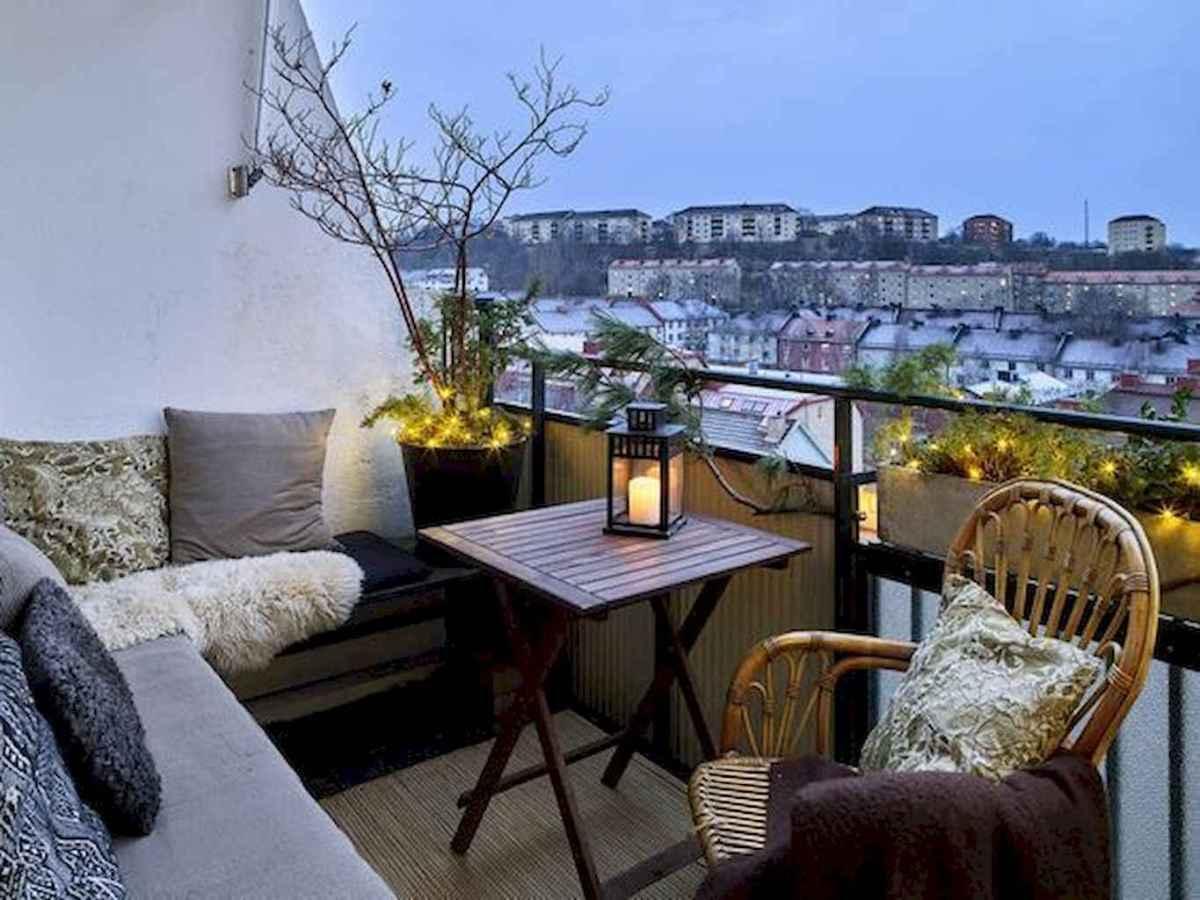 Small balcony decoration ideas (54)
